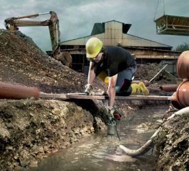 Effektiv entwässern: Profi-Pumpen von Metabo
